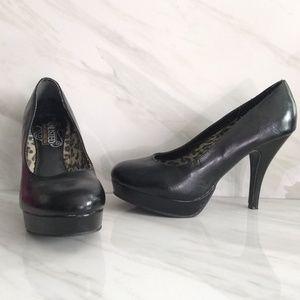 Unlisted Stilletos Black Heels Closed Toe Sz 7.5